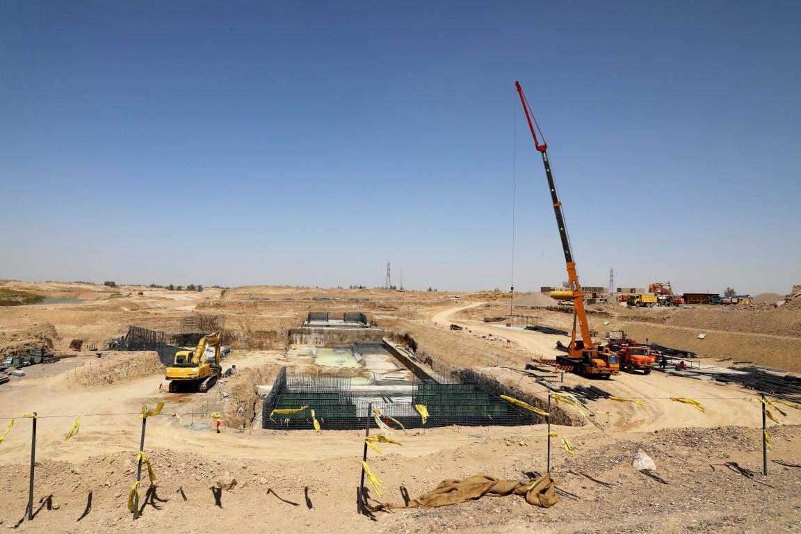 عملیات احداث ایستگاه پمپاژ B طرح آبیاری دشت سیستان